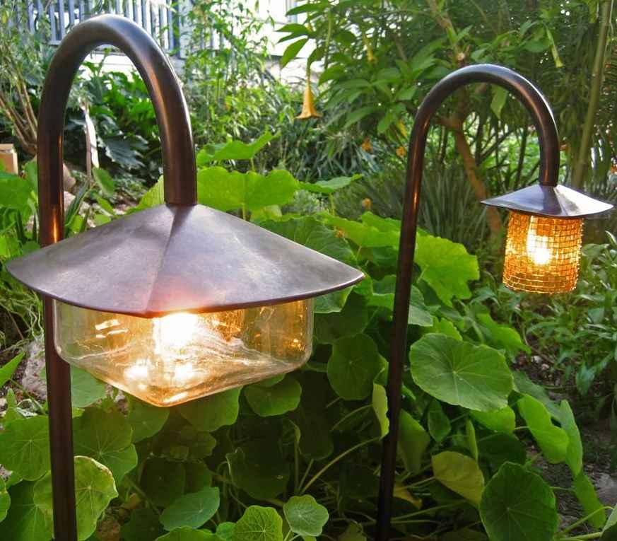 Светильники на улицу для дачи